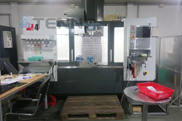 High power and precision VF4 CNC machine
