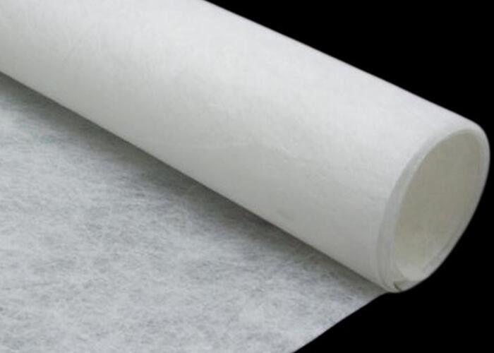 Non-woven polyester fabric